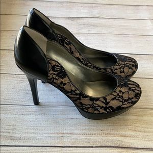 GUESS Women's black nude lace Stilletto Heels 8.5